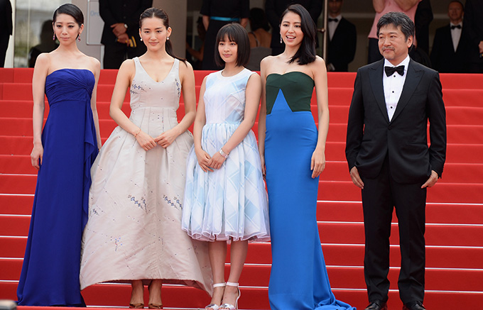"""CANNES, FRANCE - MAY 14:  (L-R) Actresses Kaho, Haruka Ayase, Suzu Hirose, Masami Nagasawa, and director Hirokazu Koreeda attend the """"Umimachi Diary"""" (""""Our Little Sister"""") photocall during the 68th annual Cannes Film Festival on May 14, 2015 in Cannes, France.  (Photo by Dominique Charriau/WireImage)"""